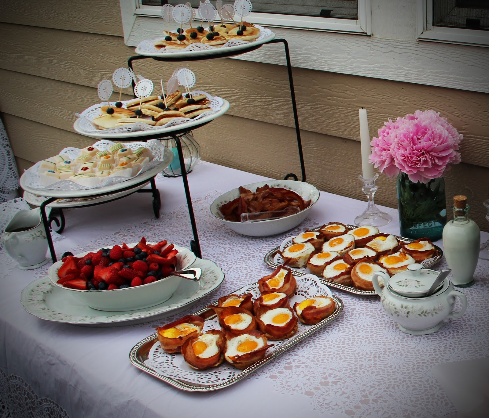 Wedding Finger Food Menu: Wedding Details: Breakfast At Tiffany's Inspired Bridal Shower