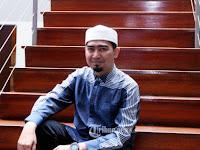 Ustaz Solmed 9 Jam Ditahan di Singapura
