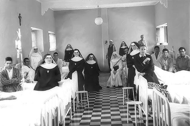 En el Hospital de Sidi Ifni en octubre de 1965.