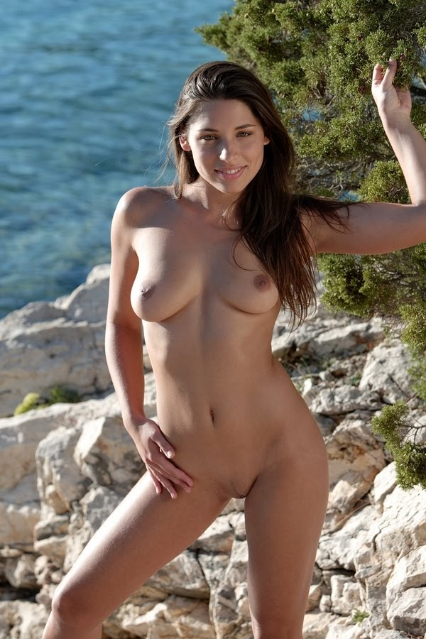 [EroticDestinations.Com] Adriana - Photo And Video Pack 2006-2008 re
