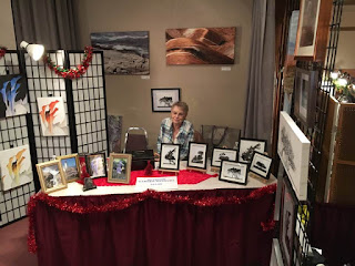 image Peggy Cracknell November 2016 Omemee Artist with Fine Art Canvases at Fall Artisan Show