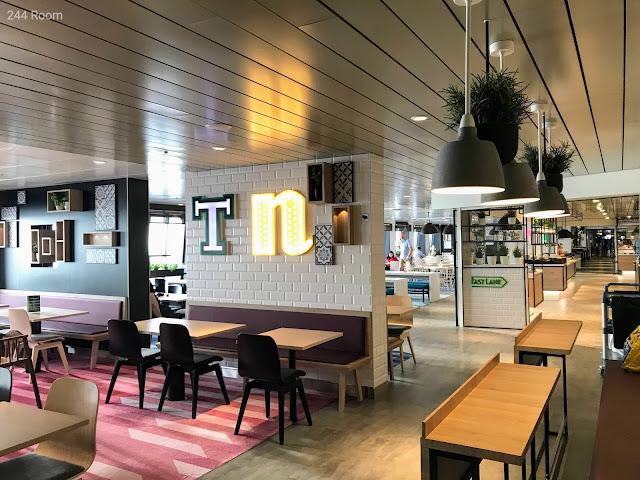 Tallinksilja line Megastar ferry cafe