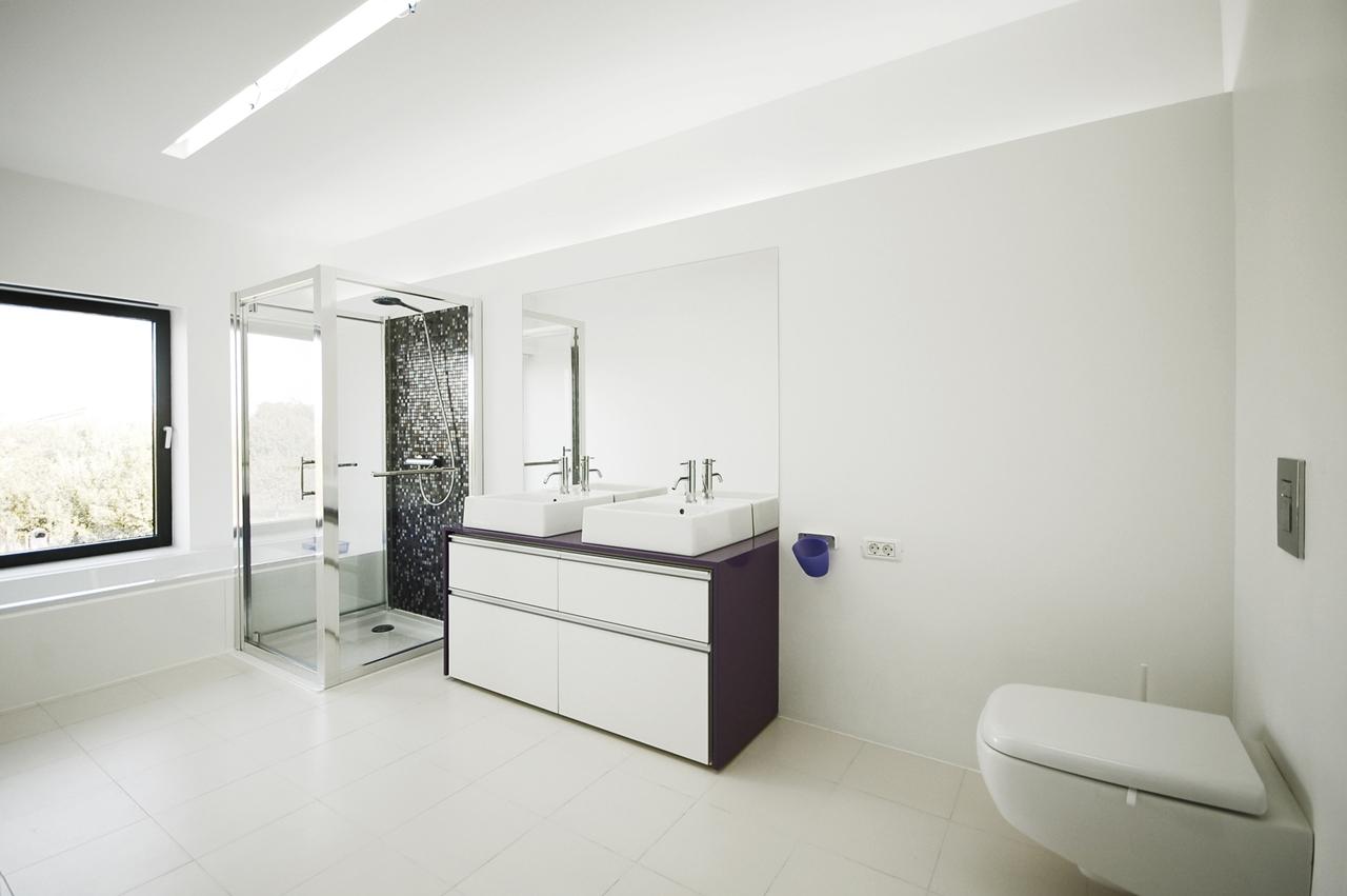 Small Bathroom With Dark Floors