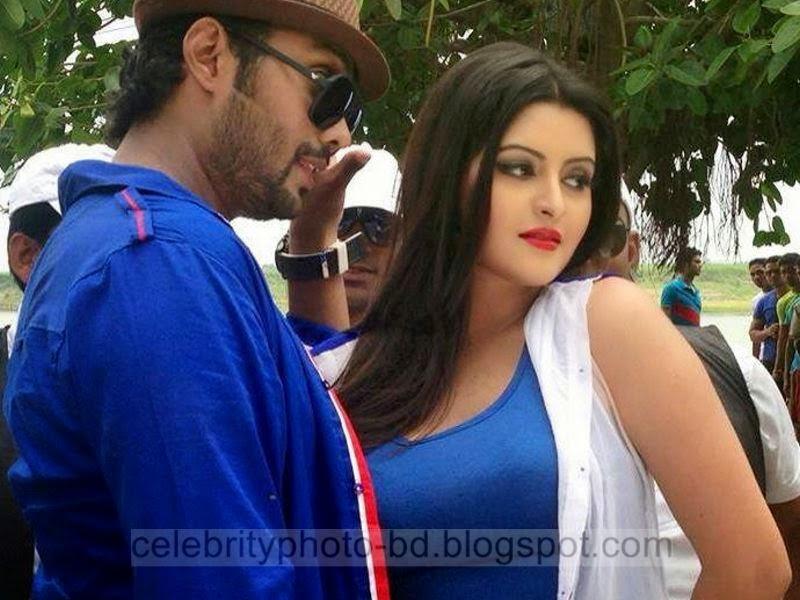 Pori Moni's Superb Latest Hot Photos New Collection From Bangla Movie Amar Mon Jurey Tui (2014)