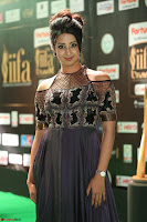 Sanjjanaa Galrani aka Archana Galrani in Maroon Gown beautiful Pics at IIFA Utsavam Awards 2017 41.JPG