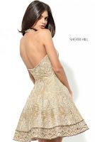 `Rochie de aur` pentru ocazii speciale1