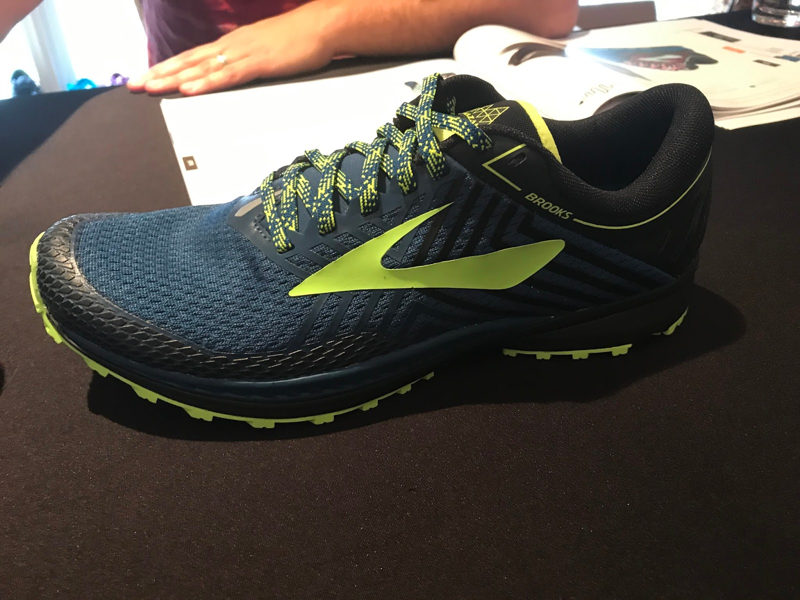 d0f5dc69012 Road Trail Run  Brooks Running Spring 2018 Previews  Transcend 5 ...