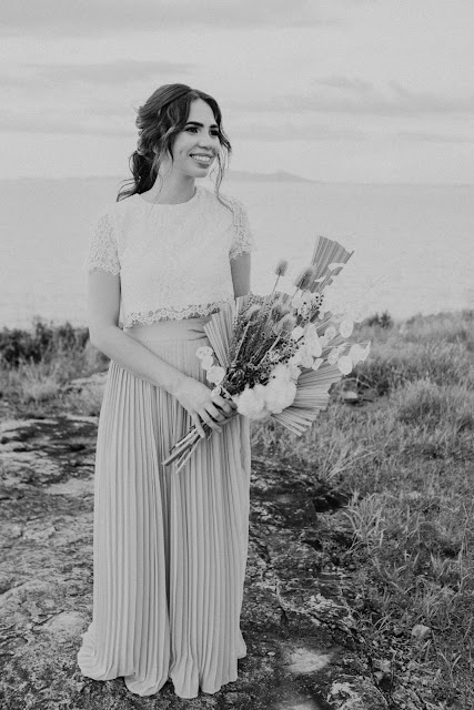 images by Boudie Nation photography bridal hairstyling townsville makeup bridal bouquet floral design