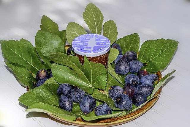 Jenis-Jenis Makanan Yang Harus Dihindari dan Dianjurkan Saat Makan Sahur