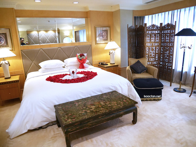 The luxurious Lifestyle Bridal Suite, available with the premium wedding pacakes