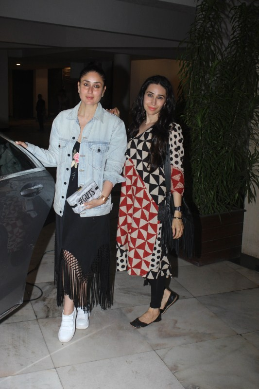Kareena Kapoor & Karishma spotted at Manish Malhotra House