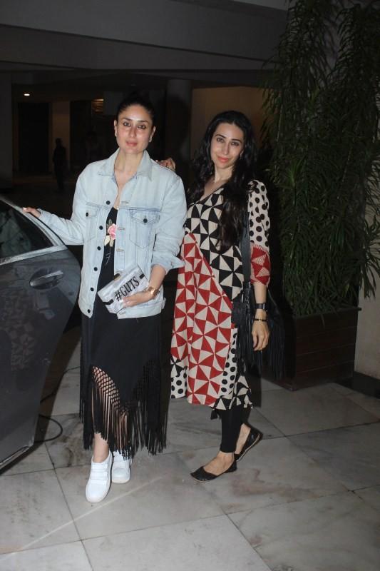 Kareena Kapoor & Karishma spotted at Manish Malhotra House