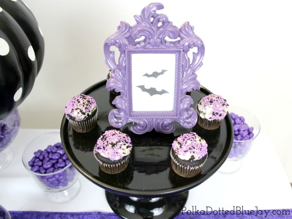 This Cats and Bats Halloween Party is perfect with black and purple decorations