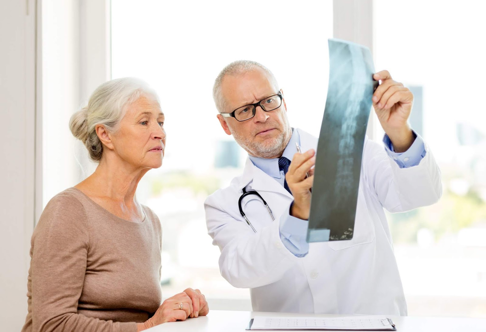 Cegah, gejala dan penyebab Osteoporosis
