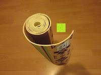"""zusammengerollt: Yogamatte """"Ravana"""" Die ideale Yoga- und Gymnastikmatte für Yoga-Einsteiger. Maße: 183 x 61 x 0,4cm / Indian türkis"""