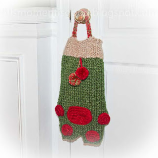 Loom knit pet paw stocking for Christmas Pattern