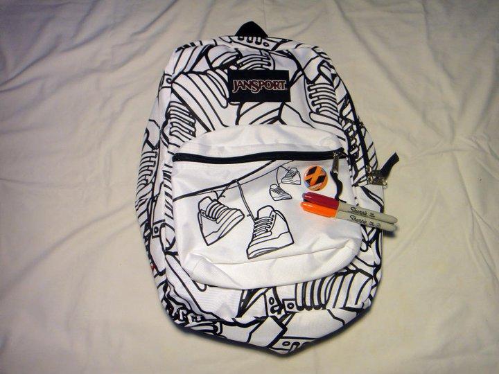 7f7711c93cc8d Urban Outfit  abril 2011