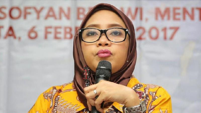 Komisioner KPU DKI Dahliah Umar