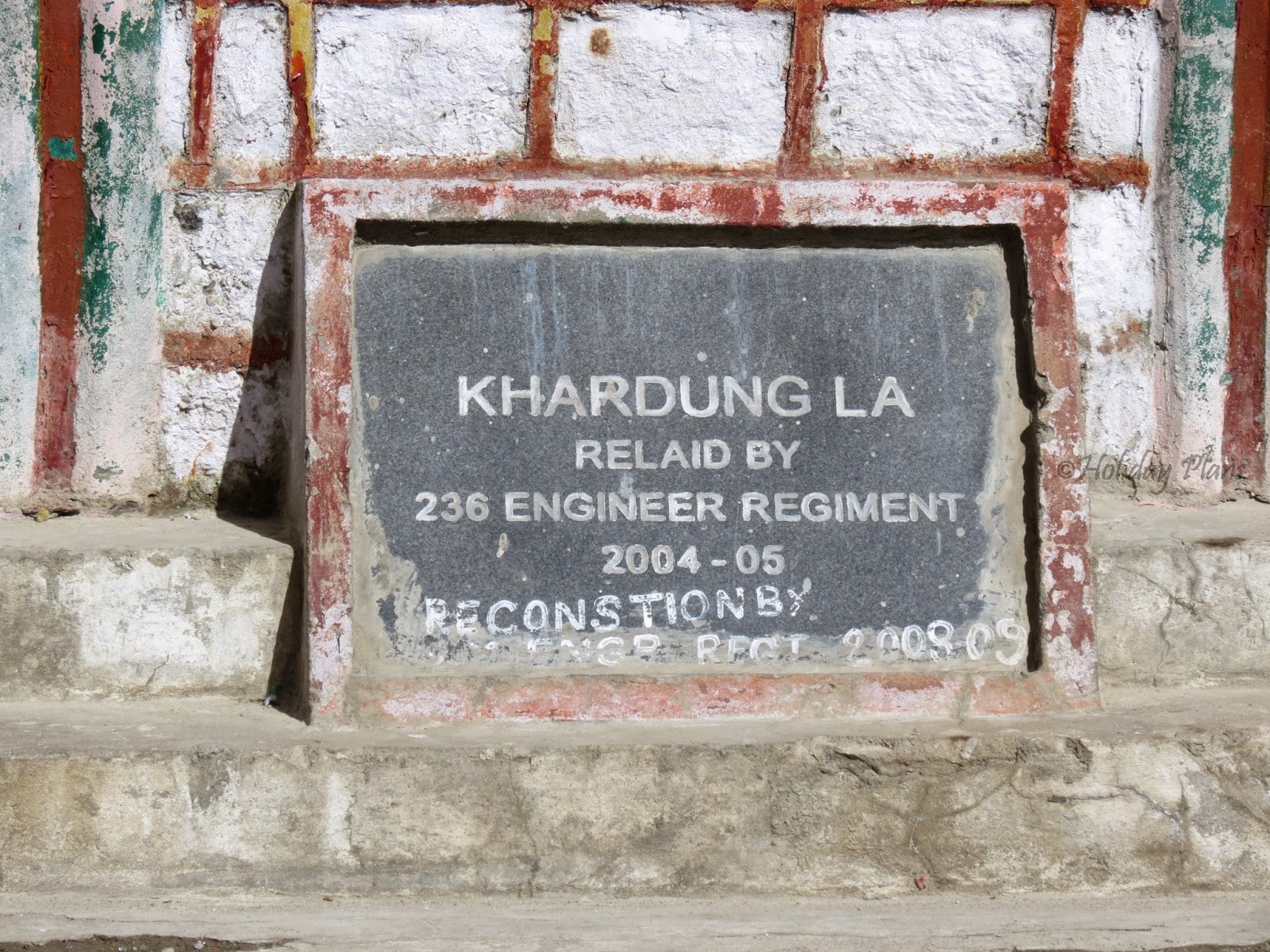 Memorial at Khardung La