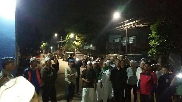 FPI Bersama Aparat Gabungan Gerebek Warung Miras Oplosan, Ternyata Milik Intel Polisi