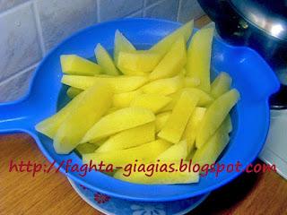 Πατάτες φούρνου με φρέσκια ντομάτα και φέτα - από «Τα φαγητά της γιαγιάς»