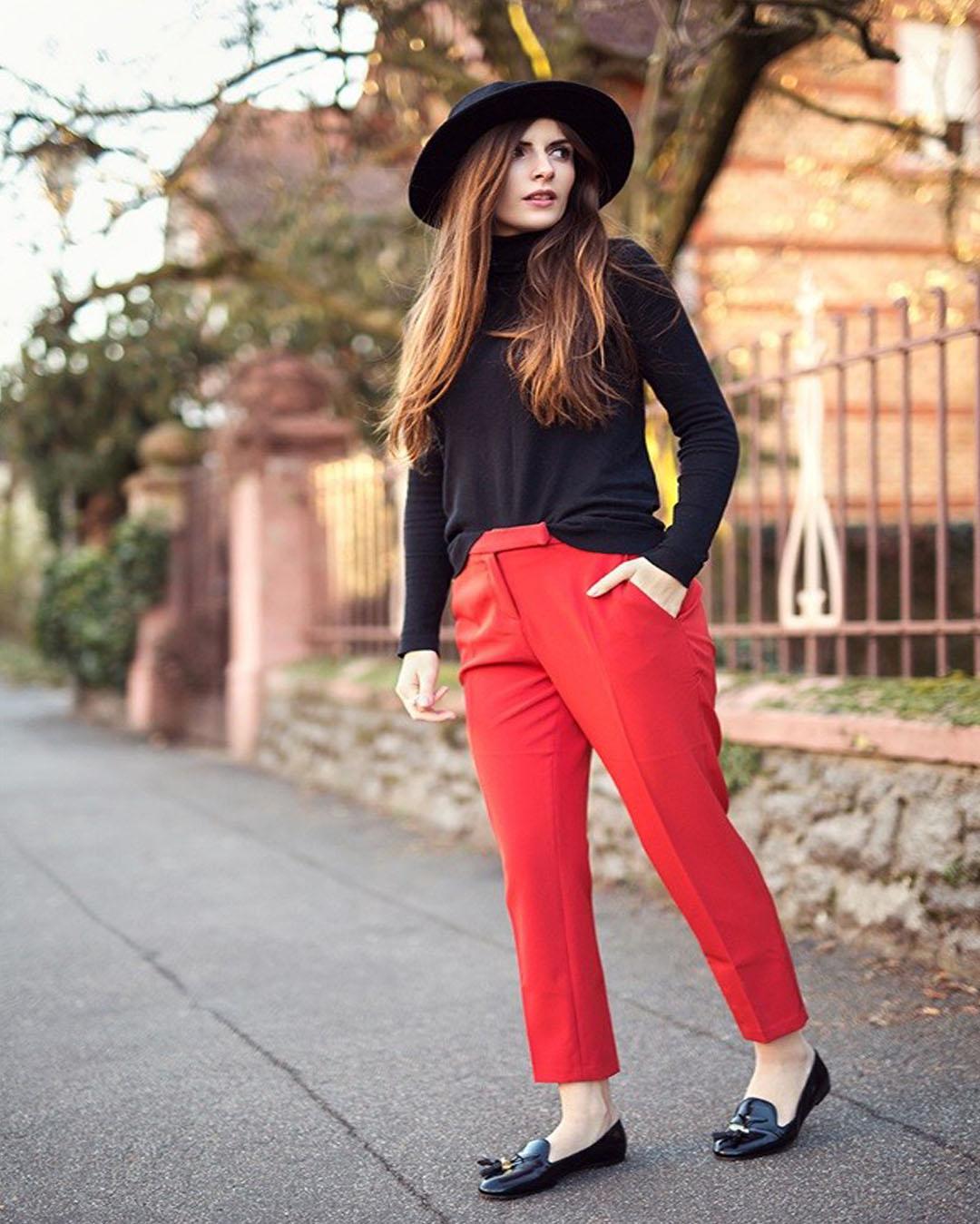 Como Combinar Un Pantalon Rojo Mujer De Forma Correcta Elsexoso