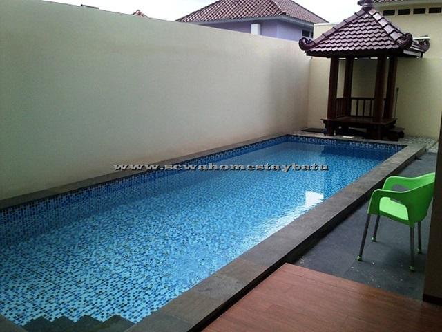 Zakiya Villa Batu Malang