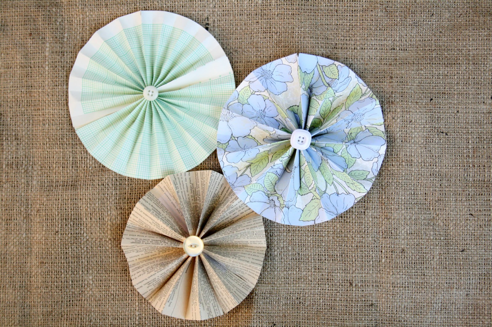 How To Make Handmade Flowers From Paper The Creative Place Diy Paper Flower Wheels