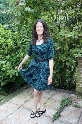 http://misshendrie.blogspot.nl/2017/07/zebra-skater-dress-and-shirt.html