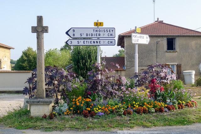 De Paris à Narbonne en vélo, Les Dombes