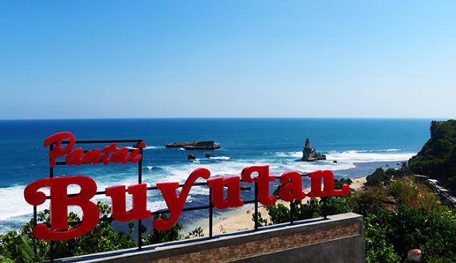 View Pantai Buyutan