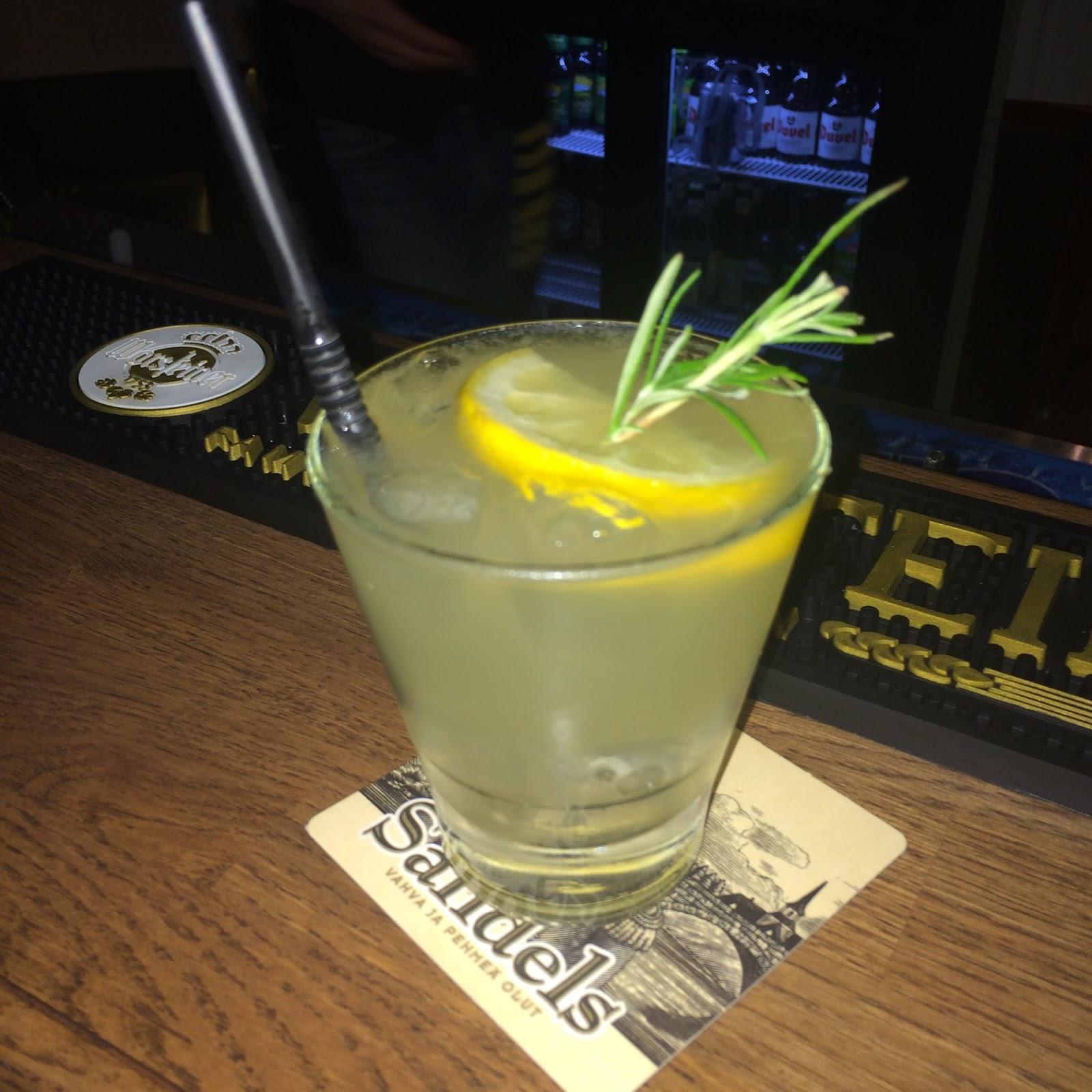 Viski Sour