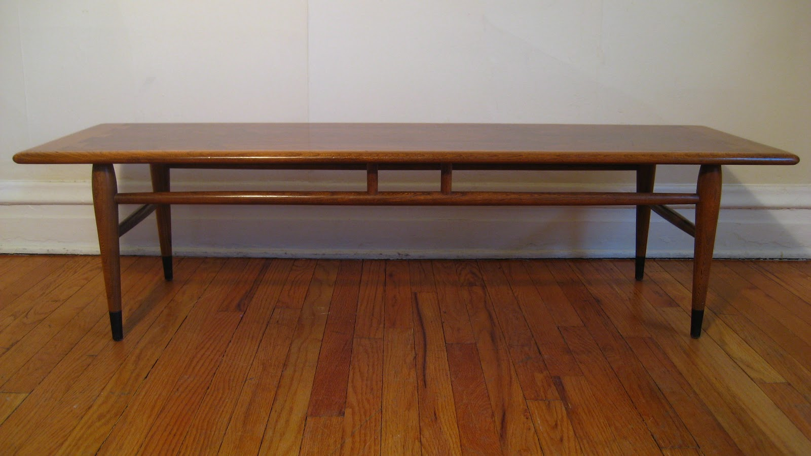 flatout design: Lane Acclaim Coffee Table