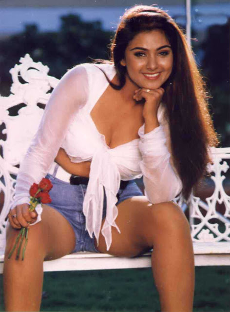 Indian Film Actress - Simran Bagga