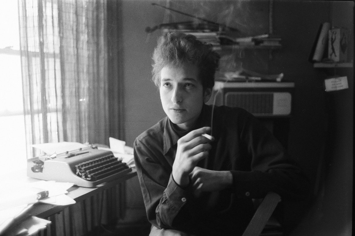 Bob dylan 39 s early days in new york 17 intimate photos of for The dylan