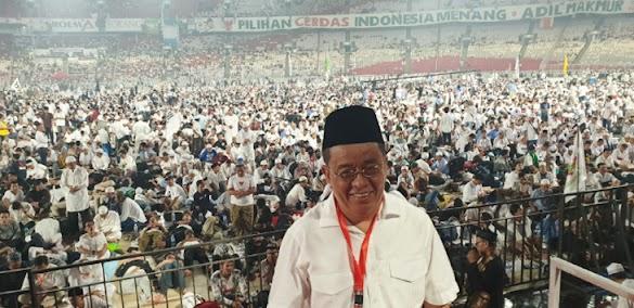 Foto-foto Pendukung Prabowo Menyemut Putihkan GBK
