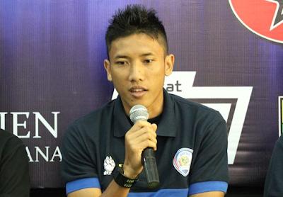 Ahmad Bustomi berlabuh ke MU