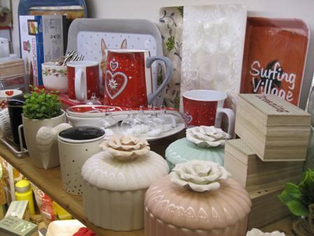 Bandejas, cajas, tazones, cerámica tapa flor