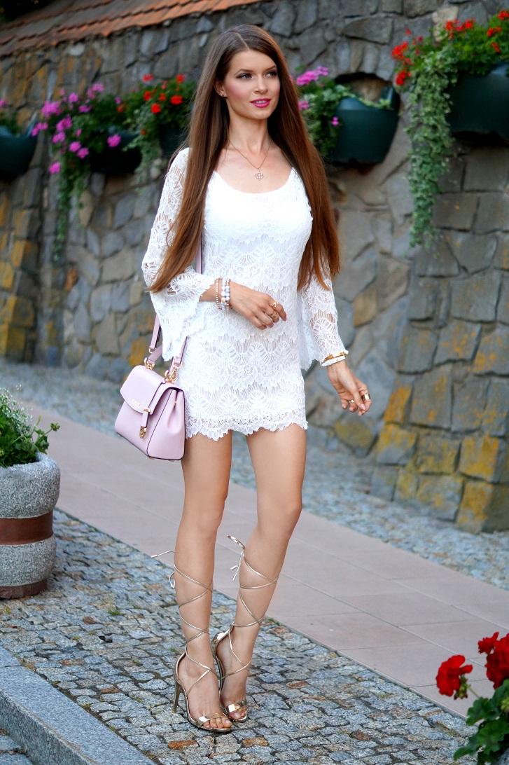 f9fe5c354 http   onlymyfashionstyle.blogspot.com 2016 08 white-lace-dress.html