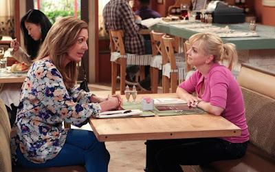 Allison-Janney-mom-chuck-lorre-cbs