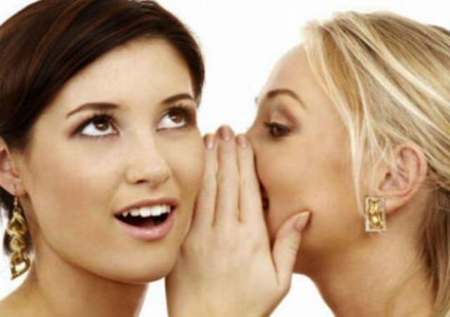 Menurut Peneliti, Ini Alasan Dibalik Kebiasaan Buruk Wanita Suka Bergosip