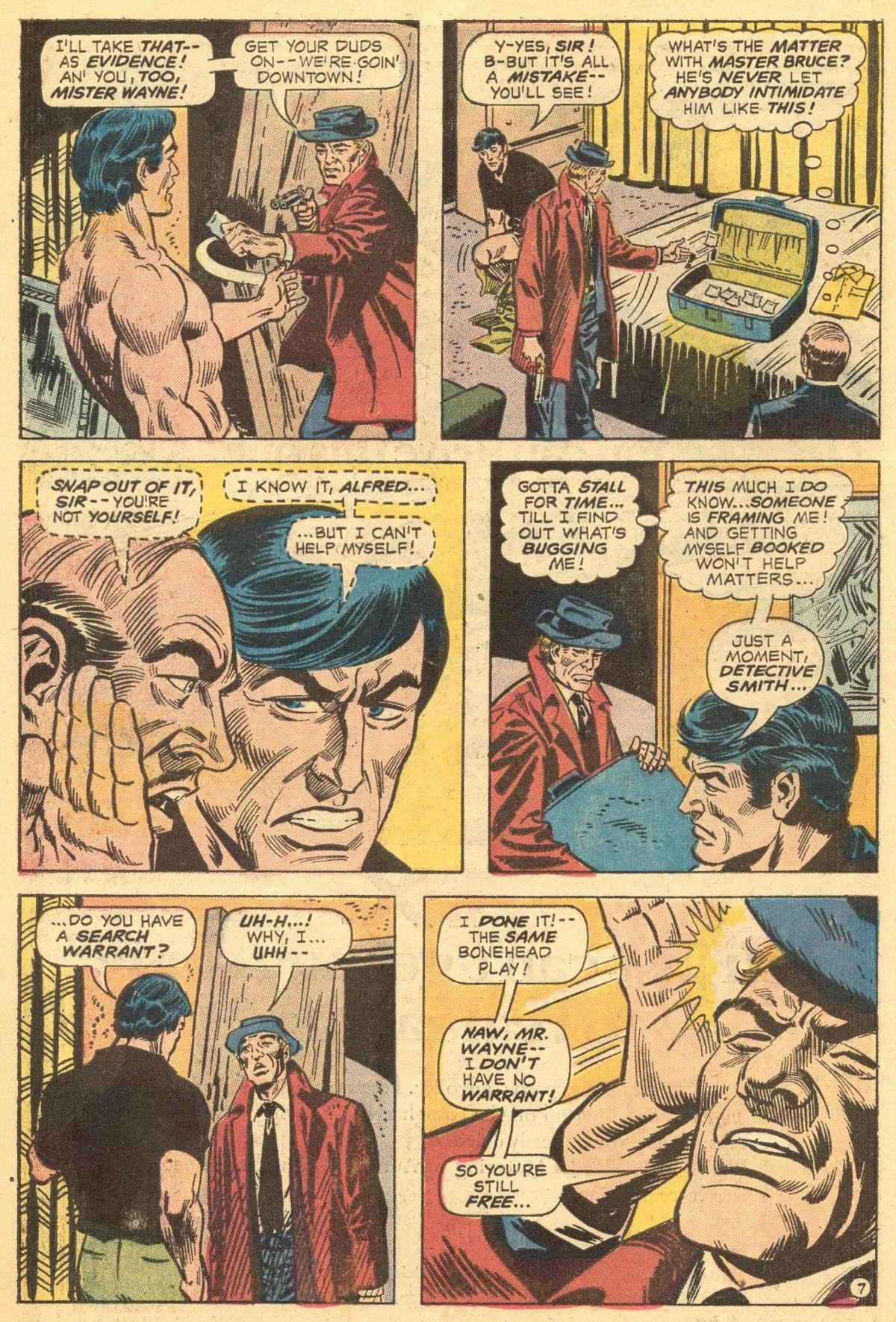 Detective Comics (1937) 436 Page 7