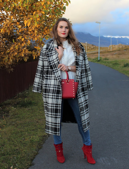 sister_jane_white_shirt_zara_checked_coat_michael_kors_bag4