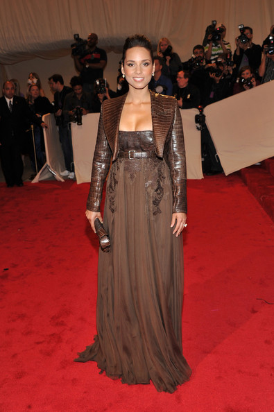 Style Alicia Keys Latest Dresses