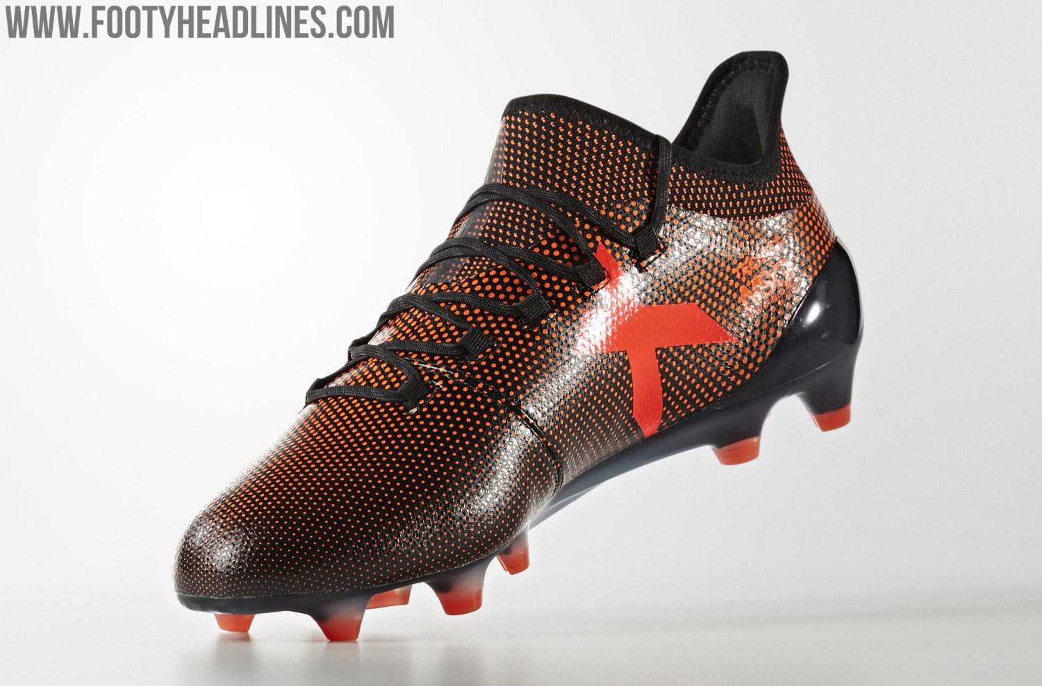 Tech-wise, the Adidas X 17.1 Pyro Storm boots are the same as all previous  releases. They are made for ultimate speed featuring a feature a techfit  upper ...