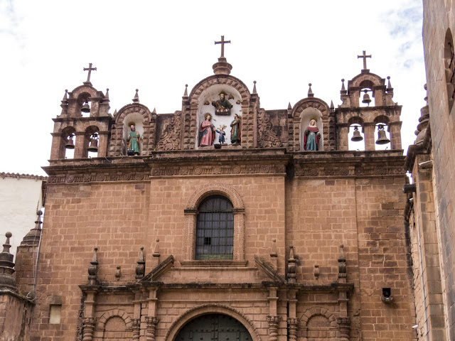 Cusco 3 day itinerary: Facade of Cusco Cathedral in Peru
