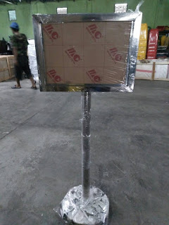 Jual Tiang Display Standing Signage Poster Papan Informasi