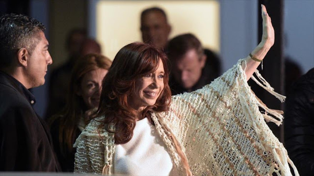 """Macri ordenó espiar a Cristina Fernández y líderes opositores"""
