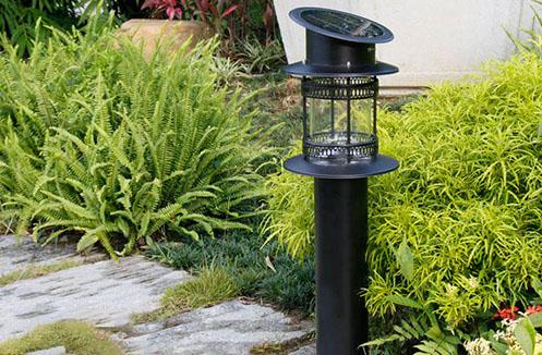 Chia sẻ giá đèn năng lượng mặt trời tại Vương quốc đèn trang trí