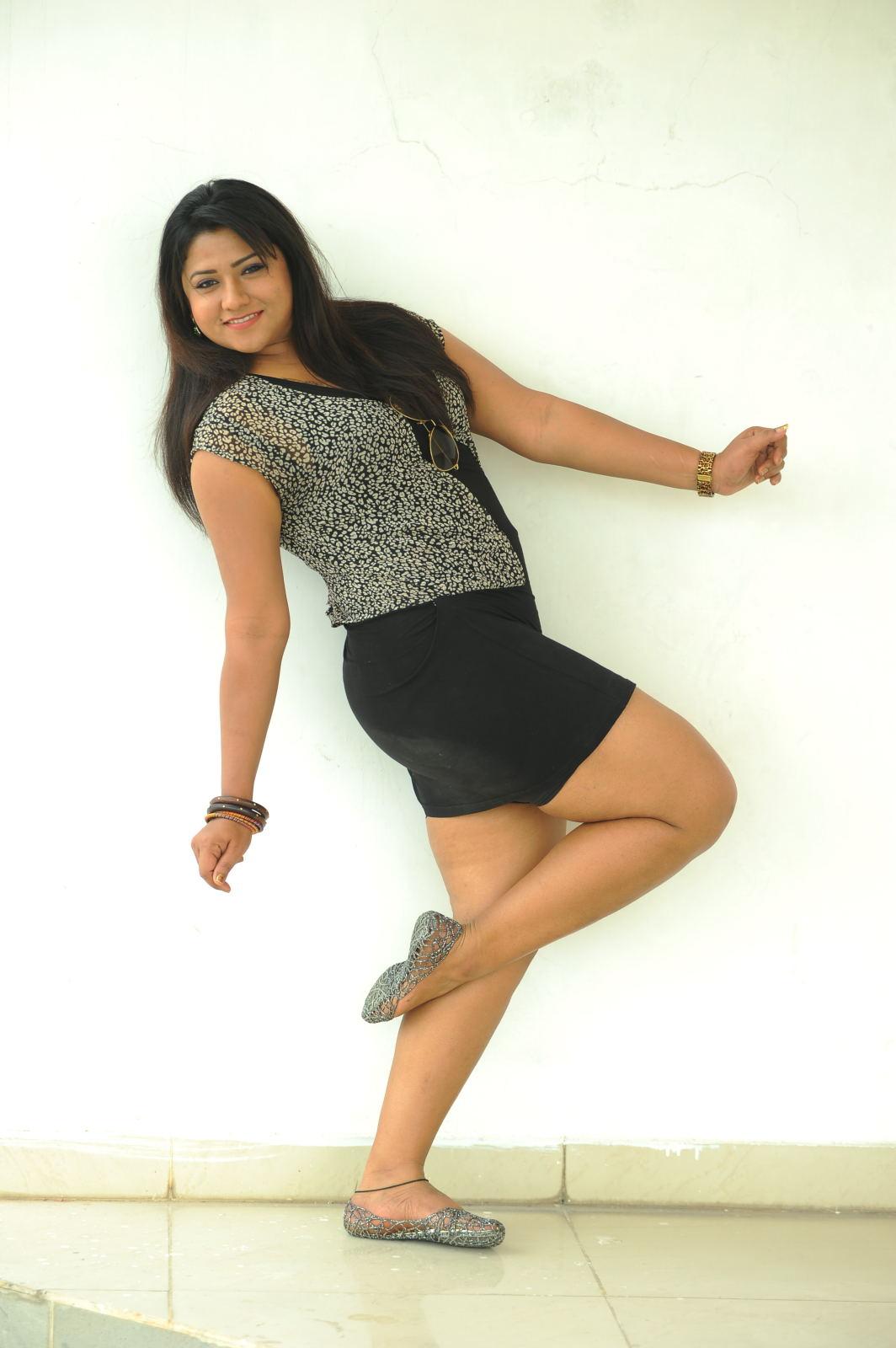 big hot stylish Jyothi hot photo shoot photos stills gallery